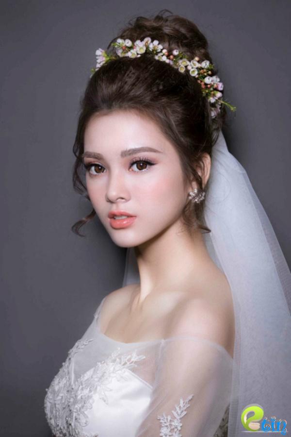 xu hướng trang điểm cô dâu 3