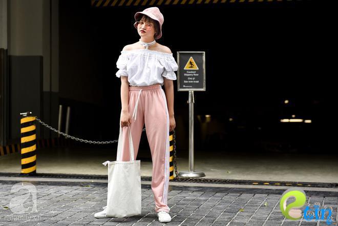 Học cách diện đồ đũi đẹp và sang như các quý cô miền Bắc trong street style tuần này - Ảnh 7.