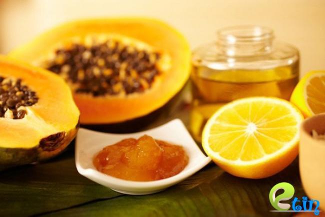 Mặt nạ dưỡng trắng da bằng đu đủ, chanh và mật ong